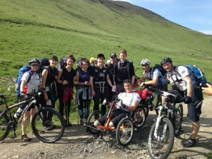 Beeline Britain and students from Belmont Academy on their Gold DofE practice expedition.